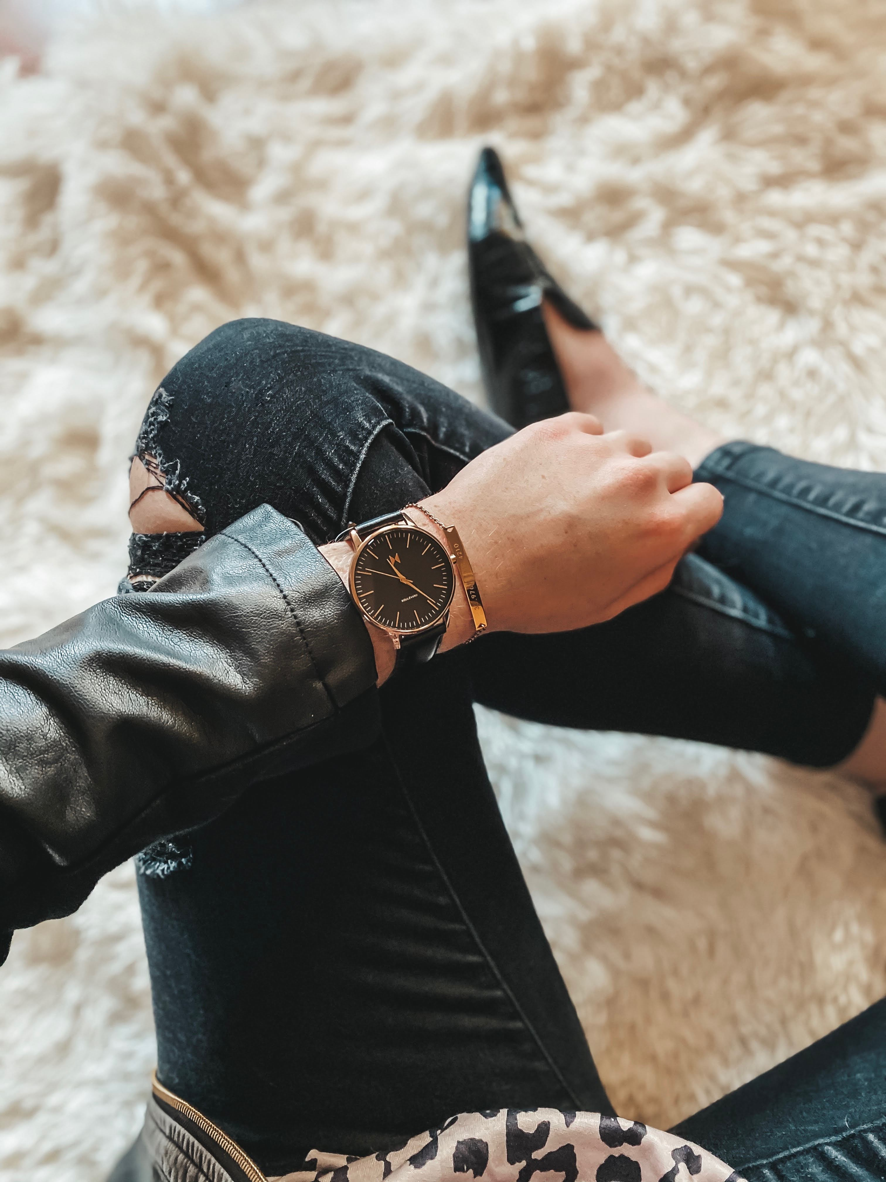 MVMT Watches for Her Black Rose Gold